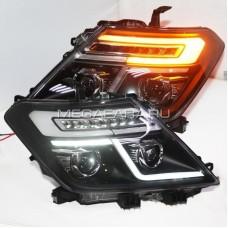 Передние биксеноновые фары Ниссан Патрол Y62 V2 type [комплект Л+П; Биксеноновая линза; LED поворотник; яркие ходовые огни]