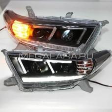 Передние фары Тойота Хайлендер 2011-2013 V7 type
