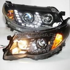 Передние фары Субару Форестер 2008-2012 V1 type [Комплект Л+П; яркие ходовые огни; электрокорректор; биксеноновая линза]