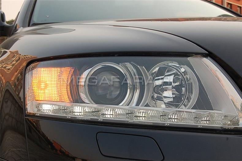 Передние фары Ауди А6 С6 2004-2011 V3 type [Комплект Л+П; светодиодные; электрокорректор; яркие ходовые огни]