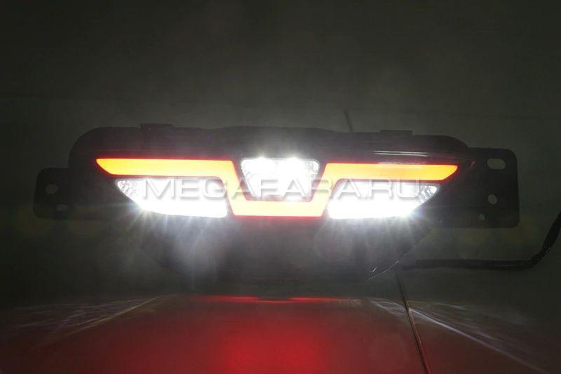 Светодиодные КАТАФОТЫ в задний бампер Тойота C-HR 2017-2020