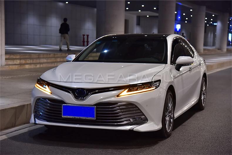 Передние светодиодные фары Тойота Камри V70 2019-2022 V1 type [Комплект Л+П; ходовые огни; FULL LED]